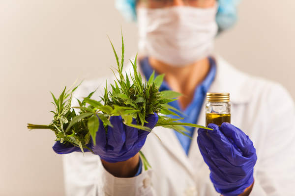 Medical Milestone: US OKs Marijuana-Based Drug for Seizures